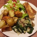 Potatoes with tofu strips and veg