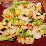 Salad with apple and croutons