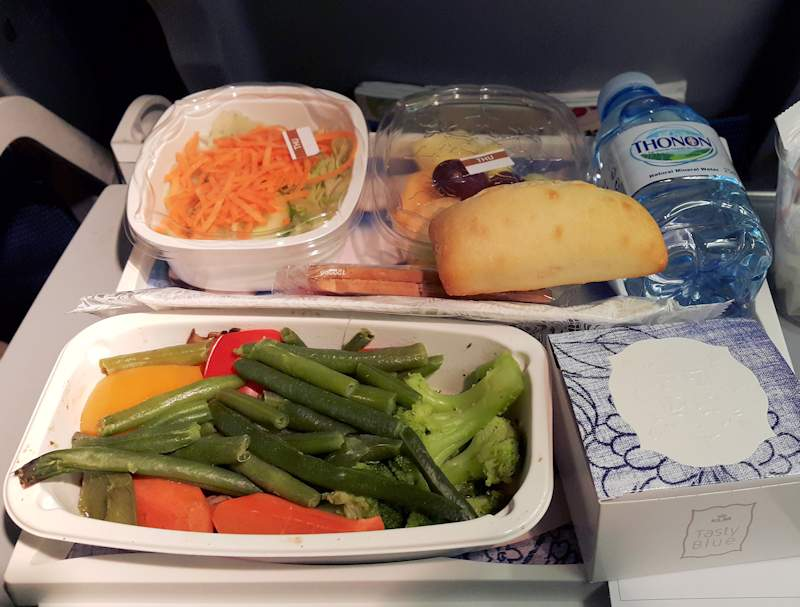KLM vegan dinner Toronto to Amsterdam